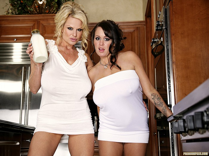 Brandy Talore With Kelly Madison